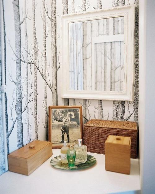 dekoration badezimmer holz kasten bliderrahmen natur bäume tapeten