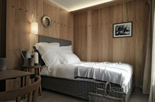 einzelbett stilvoll wanddekorationschlafzimmer originell gemütlich echtholz