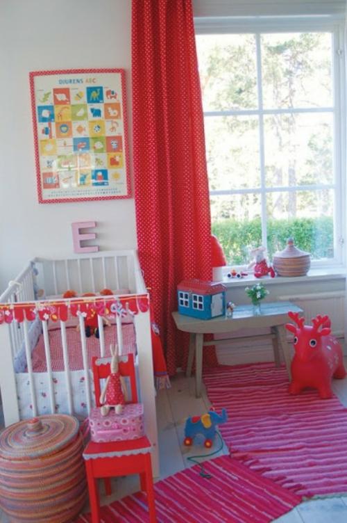 eklektische babyzimmer interieur ideen rot