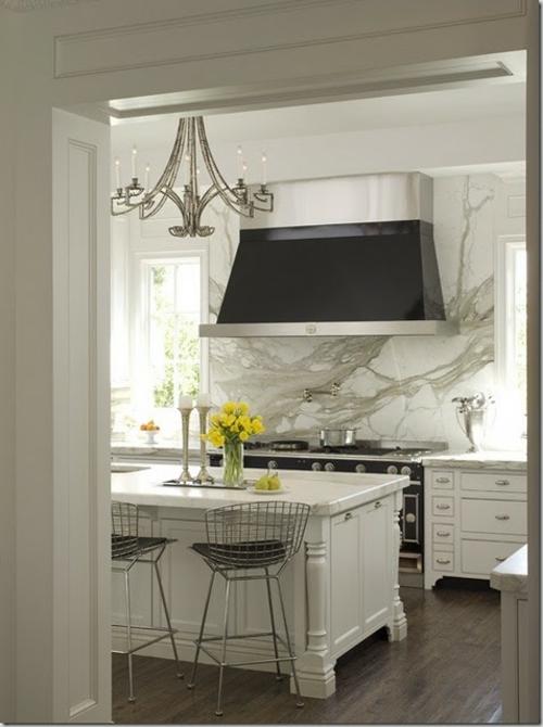 kreative k chenspiegel ideen 30 coole vorschl ge f r jede k che. Black Bedroom Furniture Sets. Home Design Ideas