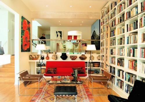 lila Schlafzimmer Bücherregal