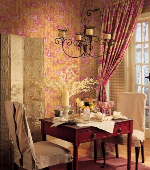 esszimmer zwei personen romantisch dekorativ paravent rustikal französisch-stil