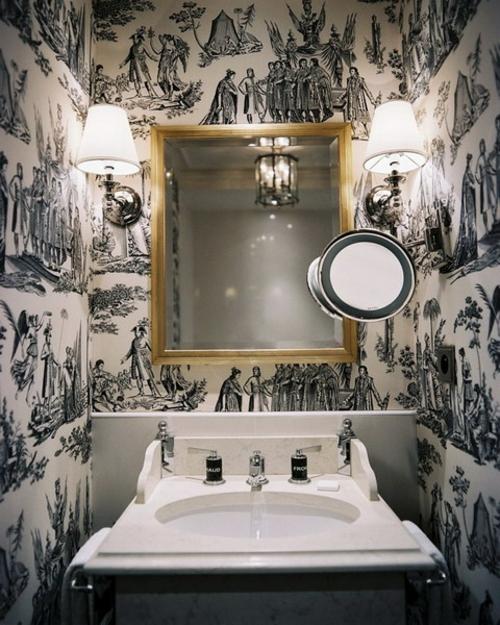 extravagant originell badezimmer deko idee tapeten spiegel quadratisch