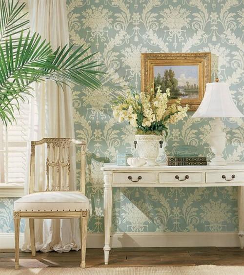 französischen landhausstil bequem behaglich leseecke wohnzimmer tropisch pflanzen