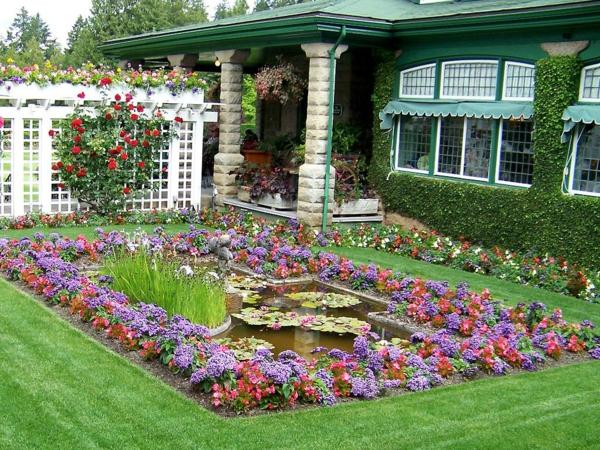 gartenideen gartenteich anlegen sommerblumen vorgarten pergola sichtschutz rote rosen
