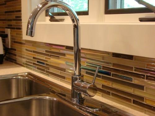 glas küchenspiegel spülbecken idee küche design