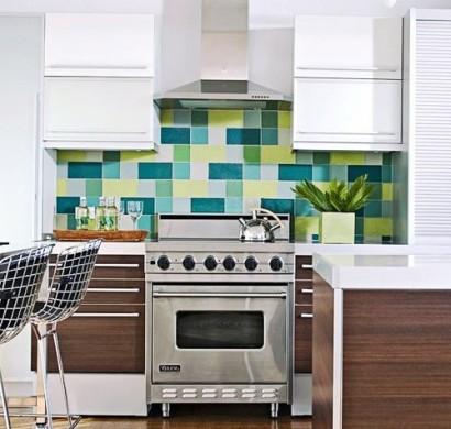 10 interessante k chenspiegel designs wundersch ne. Black Bedroom Furniture Sets. Home Design Ideas