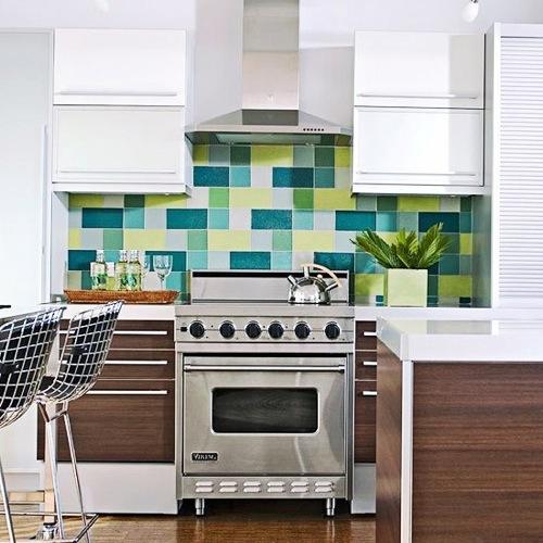 grün hell dunkel grell blass küchenspiegel design idee