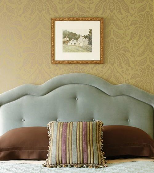 grau samt kopfteil streifen kissen wandbild idee schlafzimmer