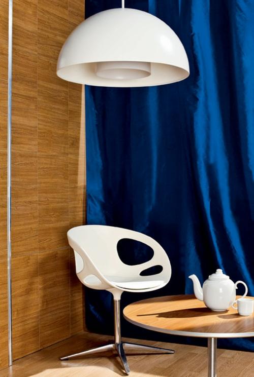 häusliches arbeitszimmer design idee blau kaffeetisch teekanne