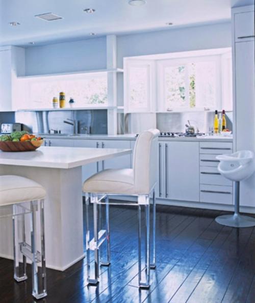 Gut Hochmodern Idee Küche Glanzvoll Originell Holz Bodenbelag Weiß Küchen  Grundrisse