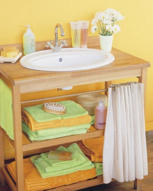 holz regale kommode waschbecken klein badezimmer