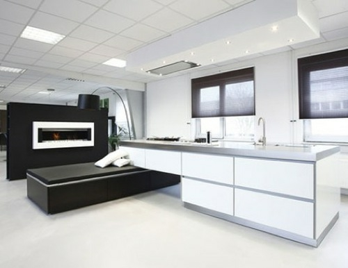 küchen interieurs glanzvoll weiß schwarz idee moderne stehlampe