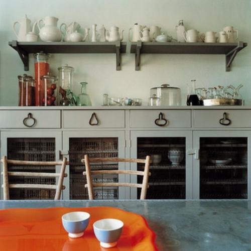 keramik schüssel weiß orange kanne regal küche