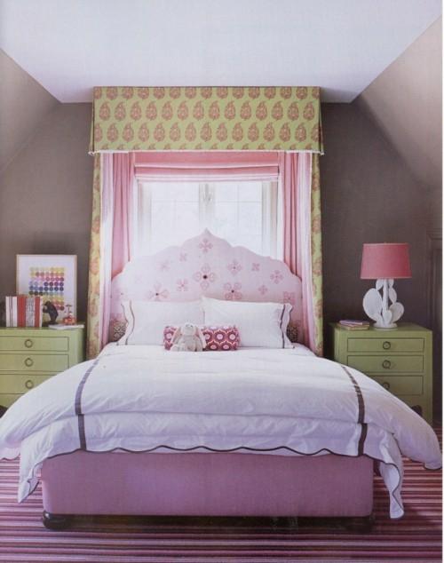 himmelbett im schlafzimmer 23 stilvolle und extravagante. Black Bedroom Furniture Sets. Home Design Ideas