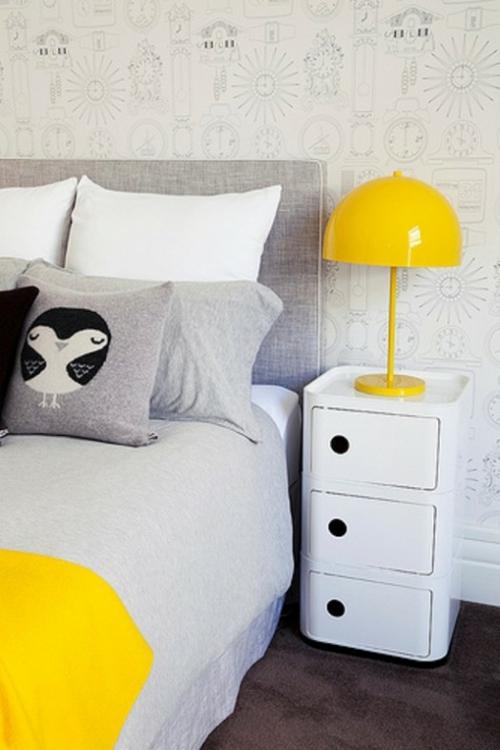kinderzimmer design idee weiß gelb nachttischlampe