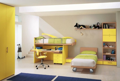 Weiße Wände im Kinderzimmer – orange und gelbe Akzente dazu