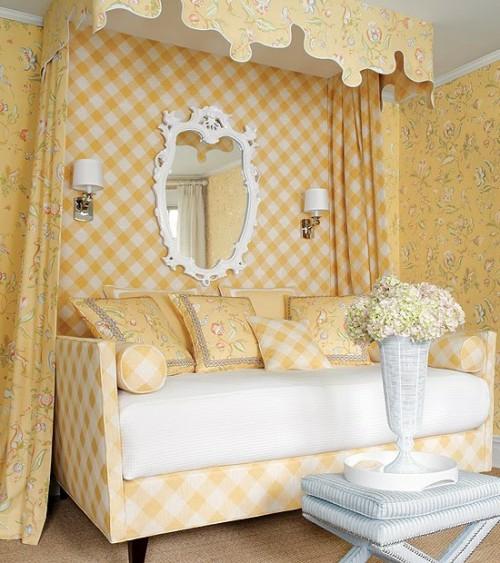 klassisch himmelbett idee interieur schlafzimmer gelb farbe