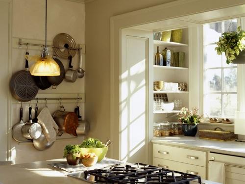 küchenschienen geschirr idee design kompakt kleine Küchen Designs