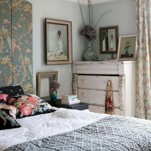kopfteil im schlafzimmer trennwand florale verzierungen