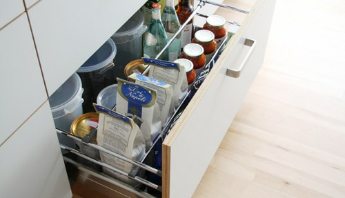Exzentrische kundenspezifische Küchensysteme von Henrybuilt