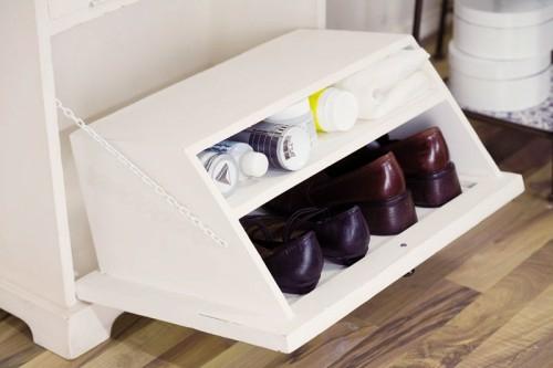 Gem tliches l ndliches design im flur in einer for Schuhschrank modern