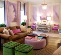 Stilvolles lila Wohnzimmer Interieur - interessante Farbschemas