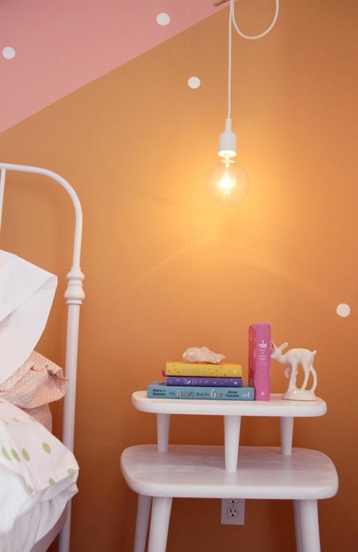 Mädchen Schlafzimmer Design Idee Leuchte Punkte Farben. Zauberhaftes  Schlafzimmer ...