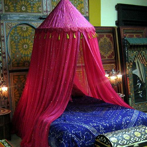 orientalische schlafzimmer designs baldachin rosa