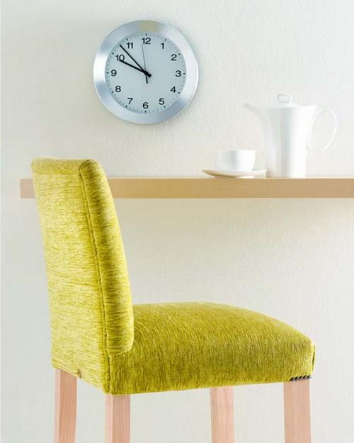 minimalistisch stil bequem grün stuhl frühstucken