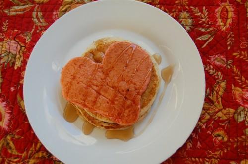 niedliche valentinstag frühstücksideen pfannkuchen