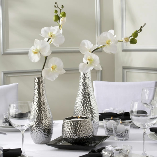 orchideen tisch deko edel weiß silber vasen