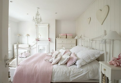 Schlafzimmer Landhausstil Rosa