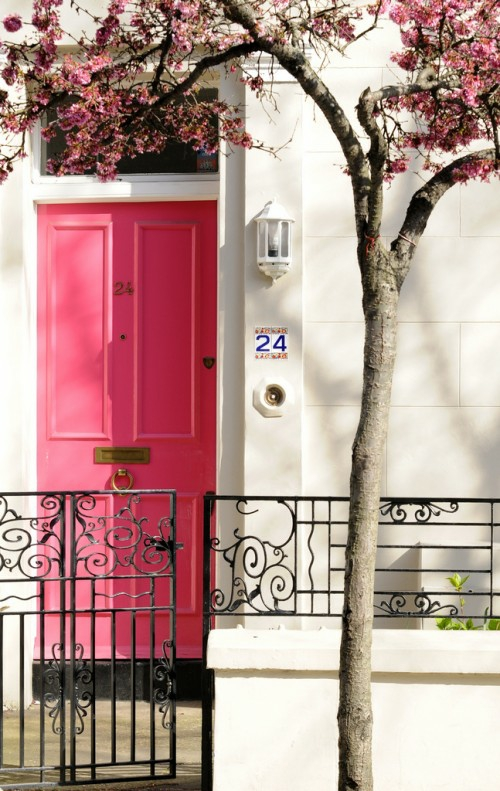 12 coole ideen f r kreatives rosa haust r design. Black Bedroom Furniture Sets. Home Design Ideas