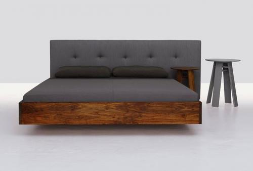 Bett Aus Unbehandeltem Holz ~ polsterbett holz grau kopfteil minimalistisch weiß wand fußboden