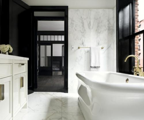 funktionale dunkle innentüren badezimmer badewanne