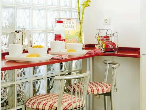 rot frühstückstischoberfläche idee küche kompakt