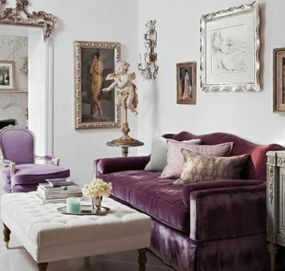 Stilvolles lila wohnzimmer interieur interessante for Modische tapeten wohnzimmer