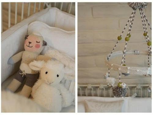 schlaf schön kleines mädchen antikes Romantisches, klassisches Kinderzimmer