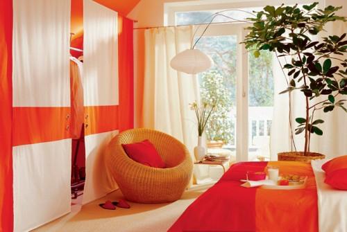 Schlafzimmer im Dachgeschoss – Vorschlag für kompakten Kleiderraum
