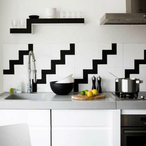 schwarz-weiß-küchenspiegel-design-idee