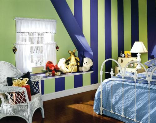 Kinderzimmer junge wandgestaltung grün blau  12 weitere Ideen für attraktive Wanddekoration mit Streifen