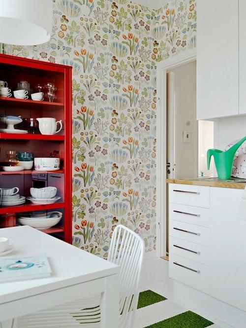 tapeten küche rot küchenregale geschirr besteck weiß möbel holz