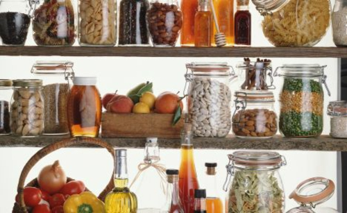 tolle speisekammer ideen küche bohnen gläser pasta gewürze