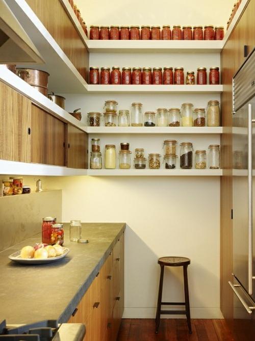 tolle speisekammer ideen küche wandregale aufbewahren