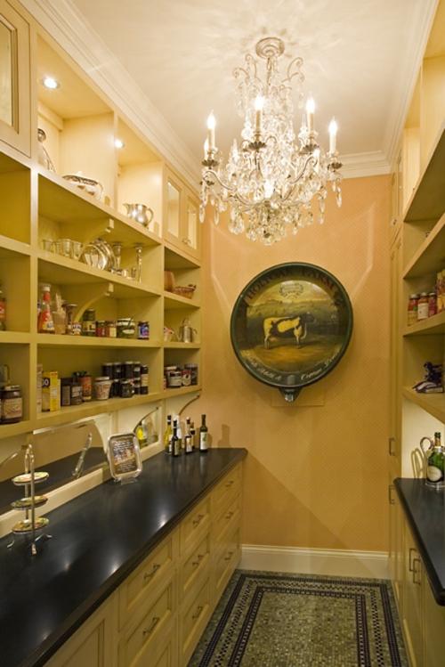 wand regale küchenmöbel idee klassisch speisekammer aufbewahren