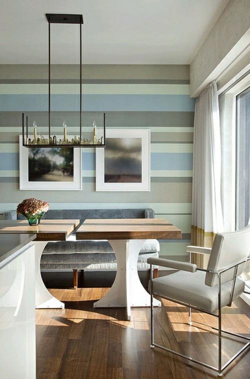 warme kalte farben attraktive Wanddekoration mit Streifen horizontal holz bodenbelag sessel leder