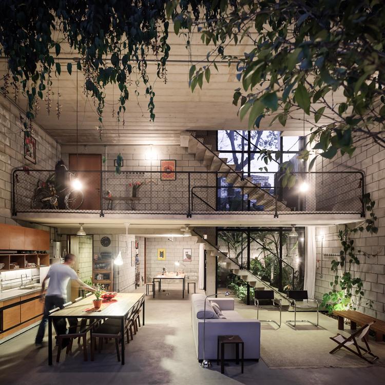 ziegelwand kueche wohnbereich maisonette design