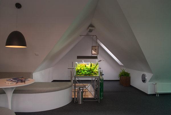 modernes 2 etagen apartment in polen voller kreativit t. Black Bedroom Furniture Sets. Home Design Ideas