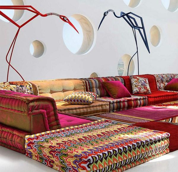 Böhmische Wohnzimmer: Roche Bobois\' Modular-Sofa